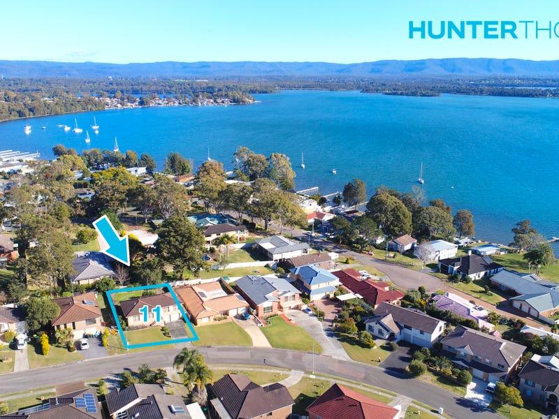 11 Morris Cres, Bonnells Bay, NSW 2264