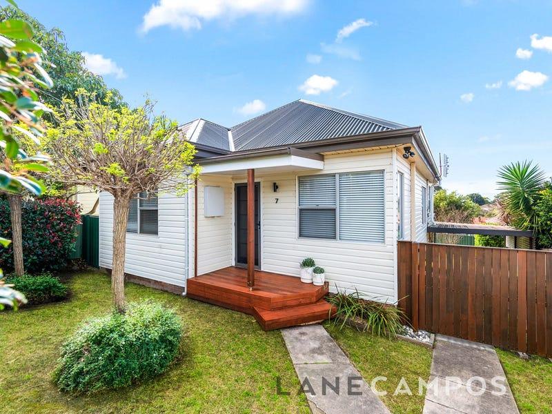 7 Schroder Avenue, Waratah, NSW 2298