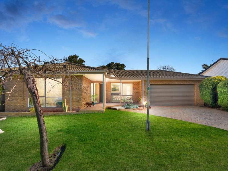 16 Orchard Grove, Frankston South, Vic 3199