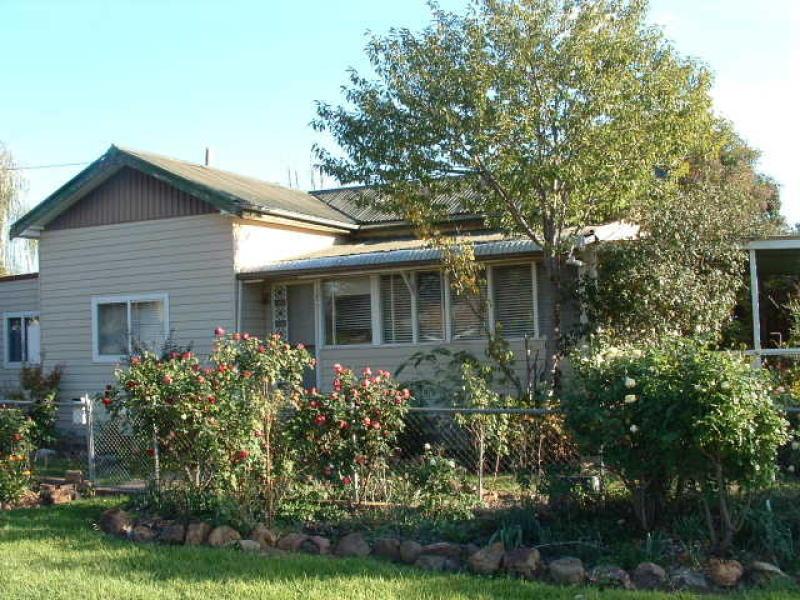 17 George Street, Manildra, Manildra, NSW 2865