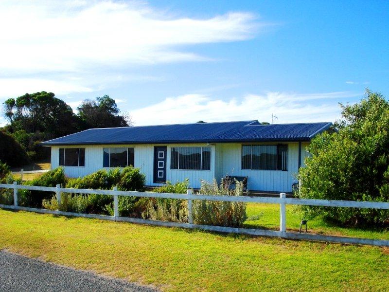 28 Charles Street, Currie, Currie, Tas 7256