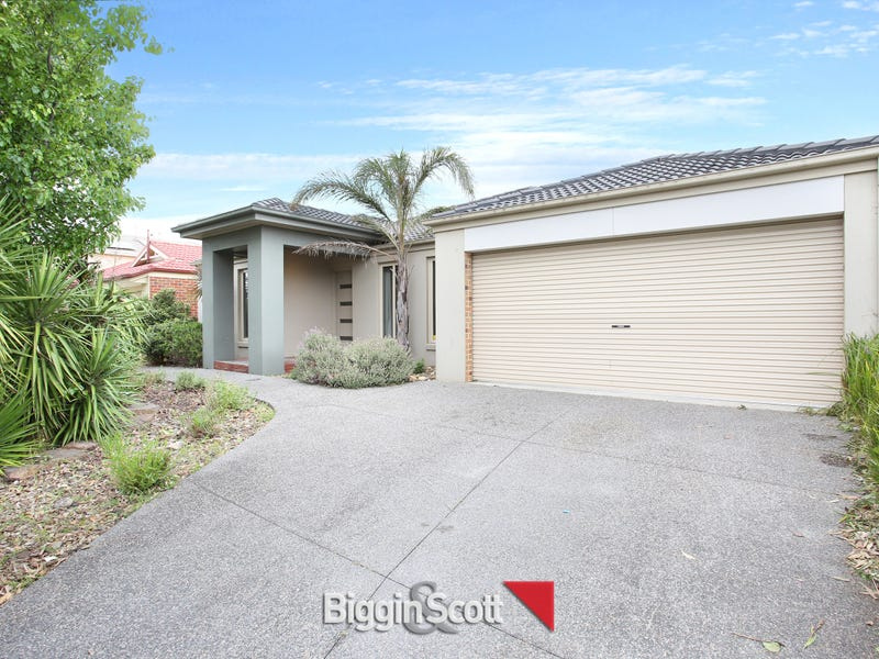 9 Waterbury Street, Cranbourne, Vic 3977