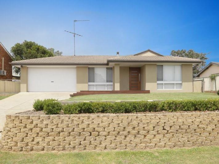 7 Smallwood Road, McGraths Hill, NSW 2756