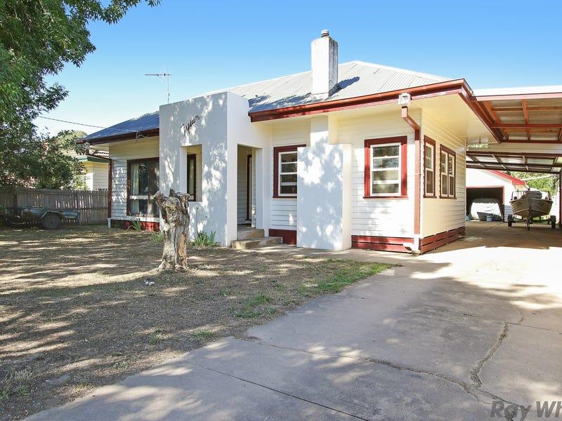 15 Goomalibee Street, Benalla, Vic 3672