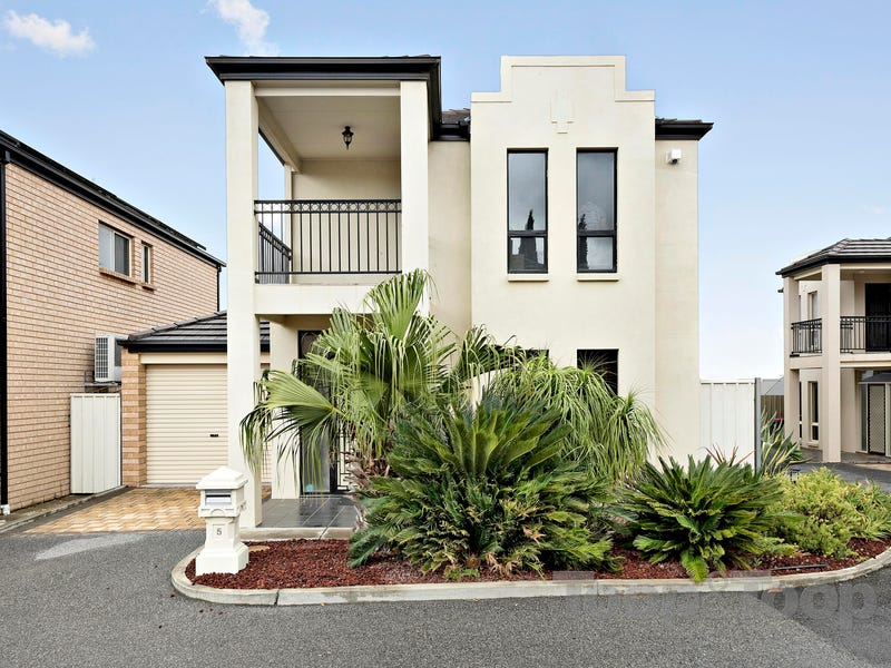 5/1653 Golden Grove Road, Greenwith