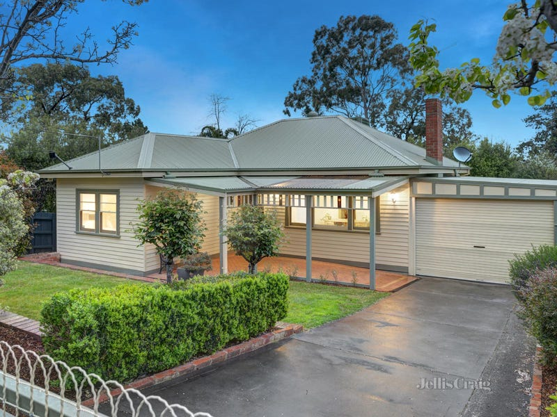31 Beaconsfield Road, Briar Hill, Vic 3088
