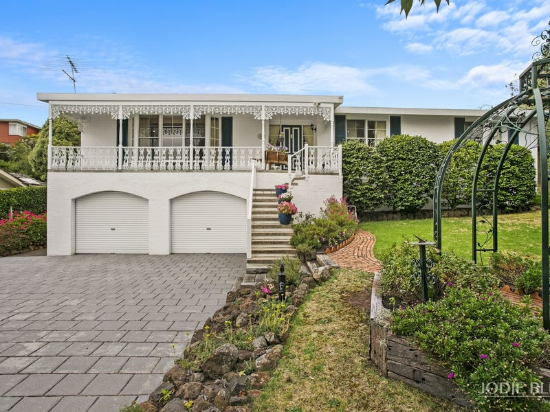 30 Linton Lane, Highton, Vic 3216