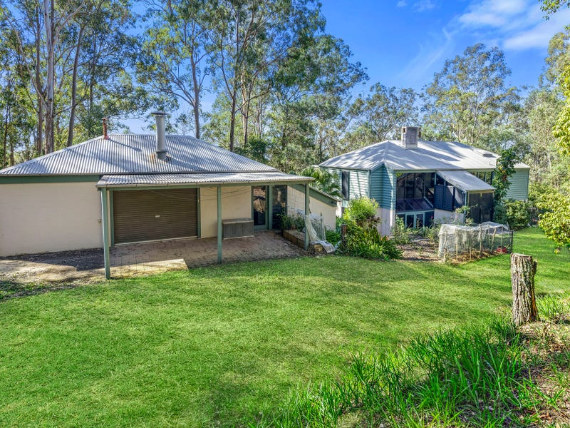 1374 Mount Nebo Road, Jollys Lookout, Qld 4520