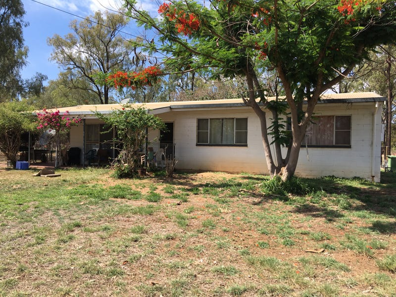 129 Racecourse Rd, Clermont, Qld 4721