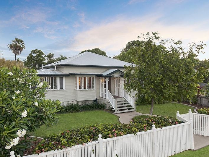 66 Armstrong Street, Hermit Park, Qld 4812