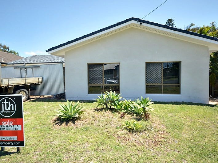13 King Street, Urangan, Qld 4655