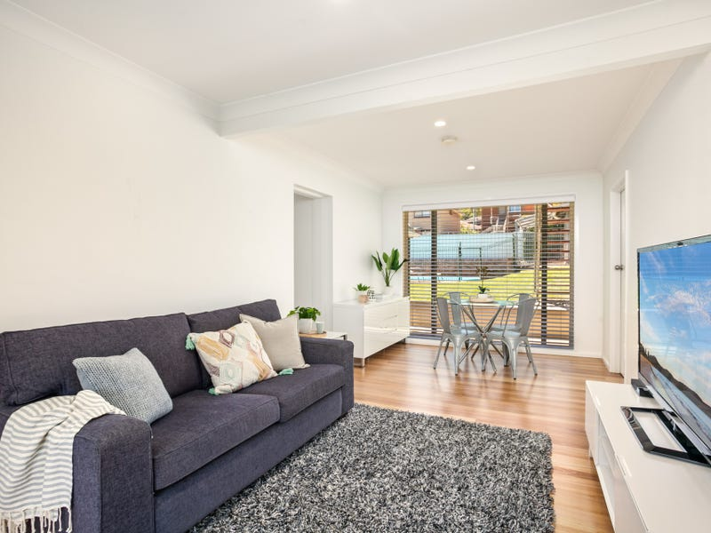 18 Pine Crescent, Coniston, NSW 2500
