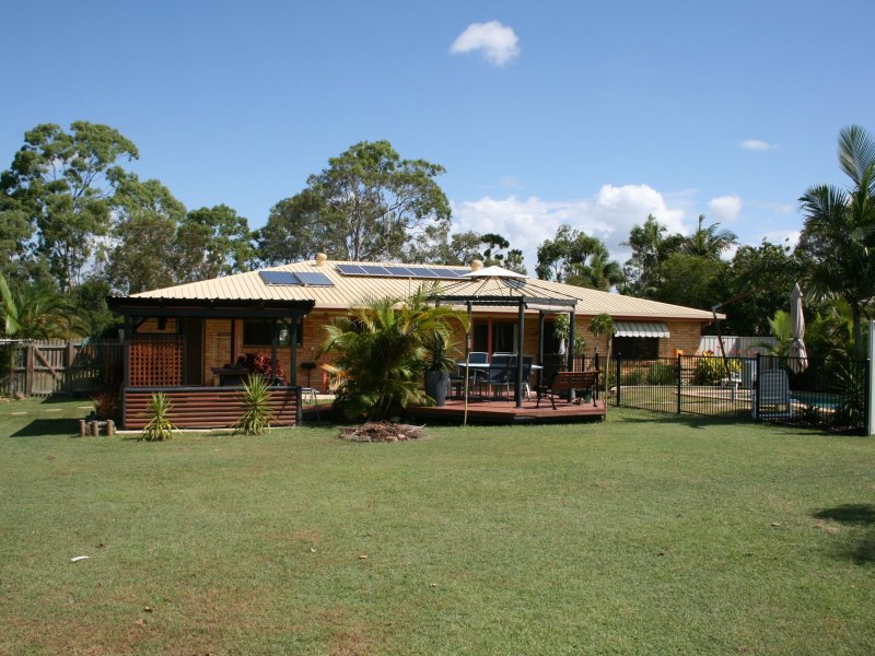 92 Exeter St, Torquay, Qld 4655