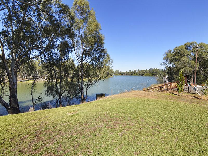 65 Twin Isle Drive, Curlwaa, NSW 2648