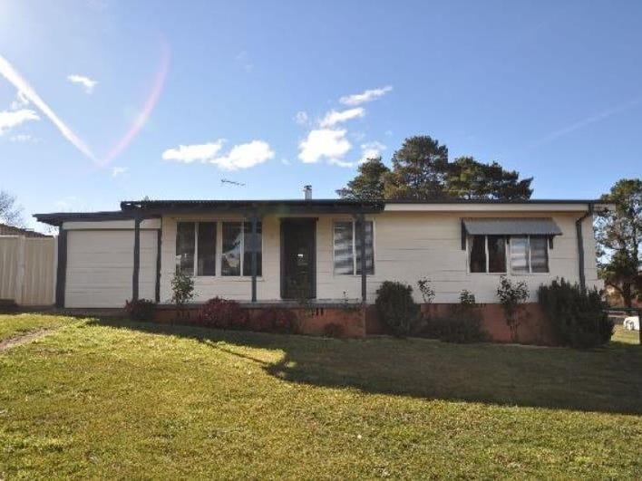 1 Cosgrove Street, Adaminaby, NSW 2629