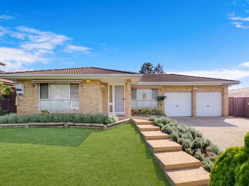 8 Derwent Place, Kearns, NSW 2558