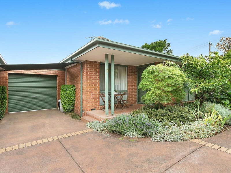 2/17 Karingal Street, Croydon North, Vic 3136