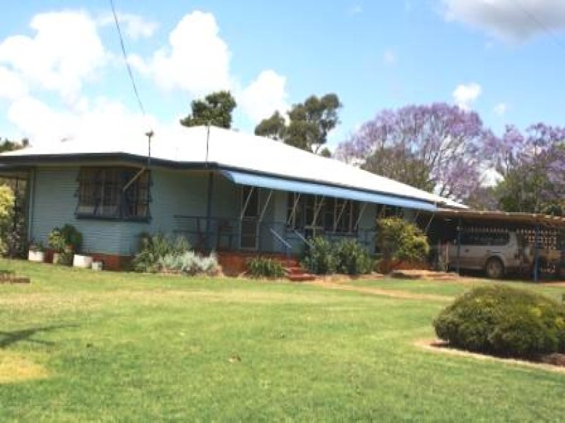 90 Merediths  Road, Mundubbera, Qld 4626