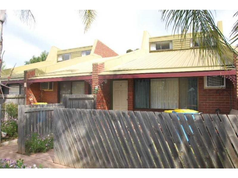 Unit 3/42-44 Nangunia Street, Barooga, NSW 3644
