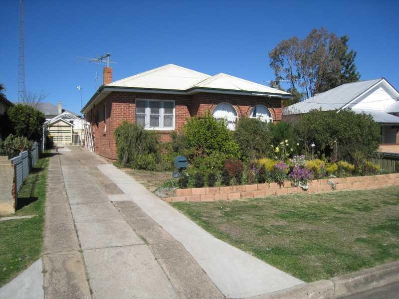 2 Gidley Street, West Tamworth, NSW 2340