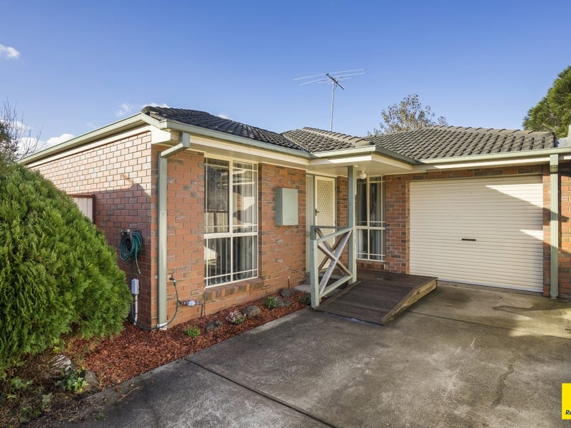 2/15 Woodville Park Drive, Hoppers Crossing, Vic 3029