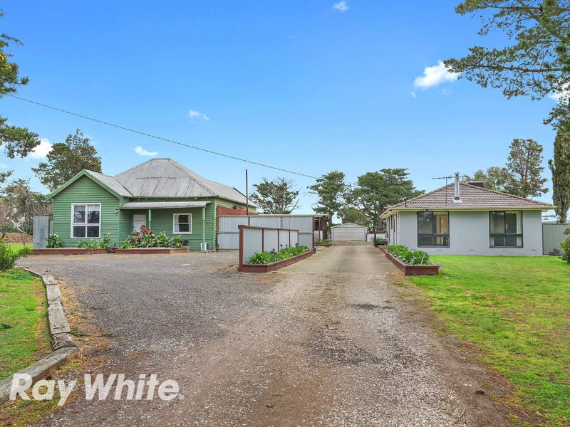 27 Old Melbourne Road, Little River, Vic 3211