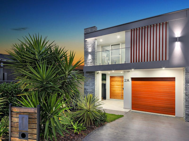2A Kathleen Parade, Picnic Point, NSW 2213