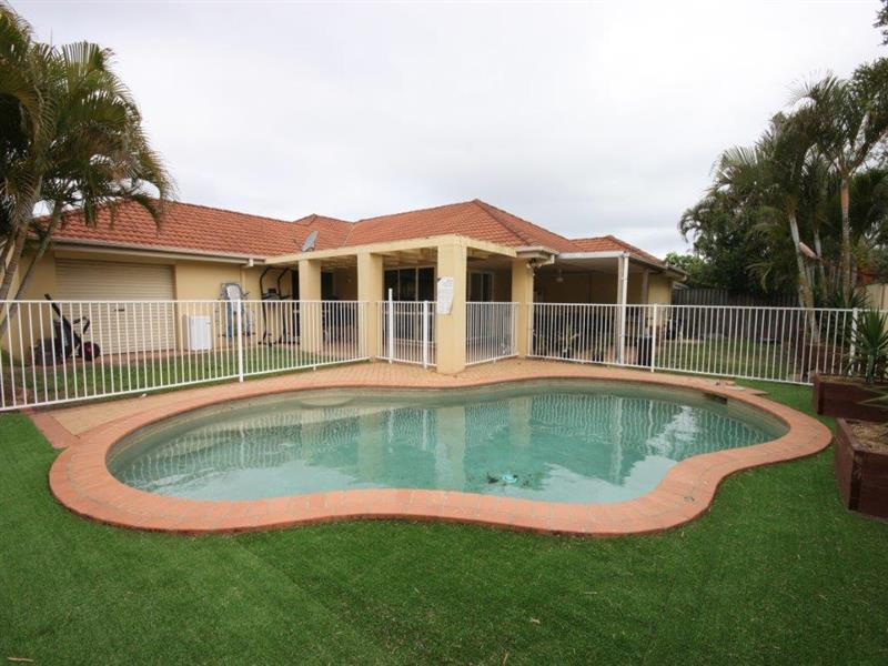 27 Highview Place, Parkwood, Qld 4214