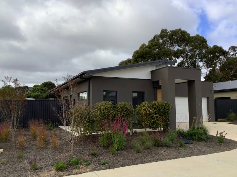 4/1921 Mount Macedon Road, Woodend, Vic 3442