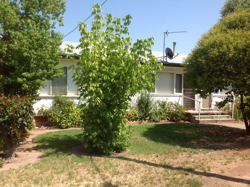 2/439 Bownds Street, Lavington, NSW 2641