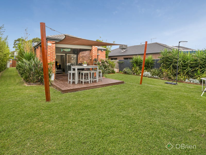 6 St Anthony Court, Carrum Downs, Vic 3201