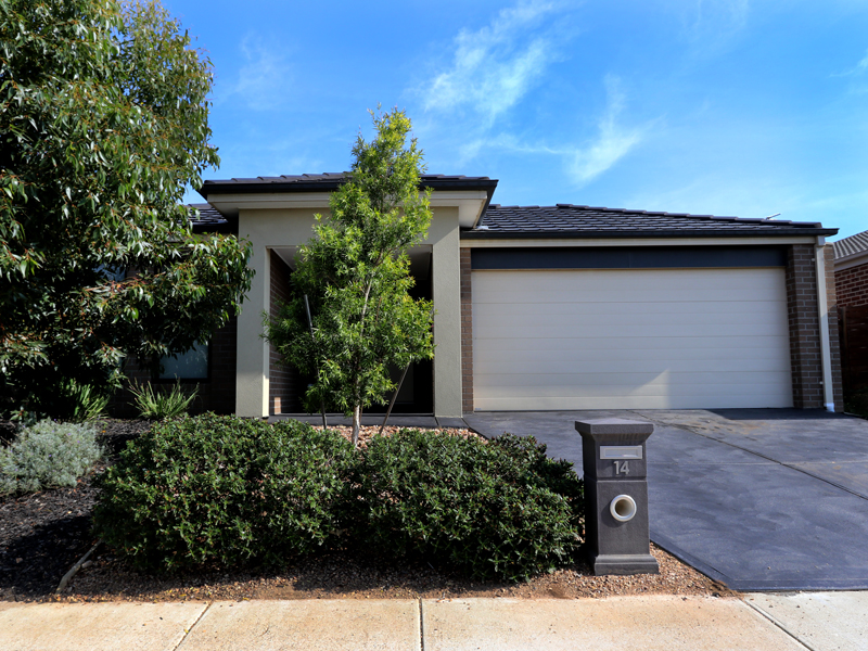14 Cape Parade, Point Cook, Vic 3030
