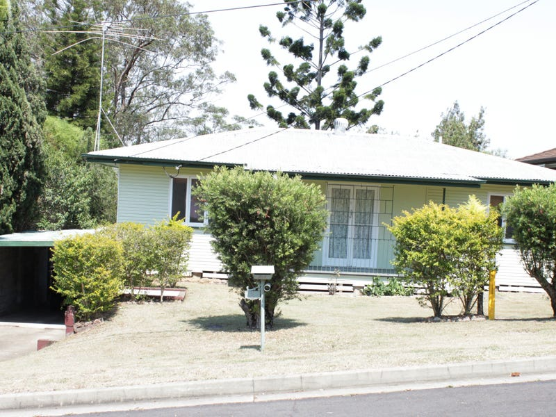 3 Ware Street, North Ipswich, Qld 4305