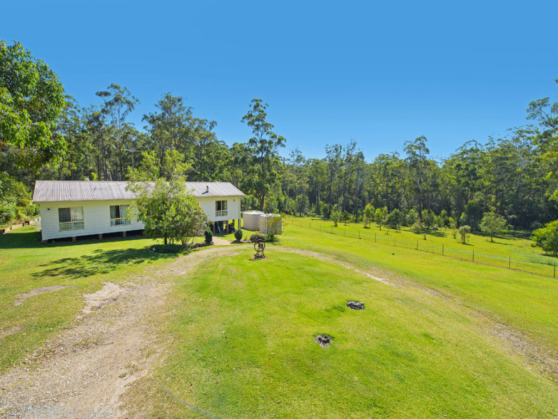 78 Upper Smiths Creek Road, Kundabung, NSW 2441