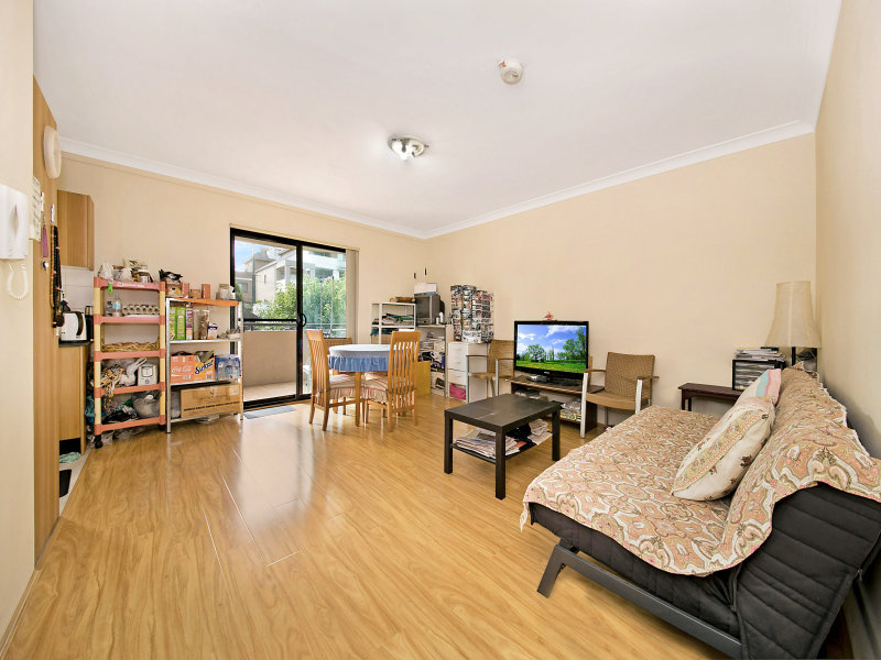3 18 Eastbourne Rd Homebush West NSW 2140