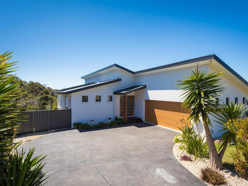 2 Kira Lani Court, Tura Beach, NSW 2548