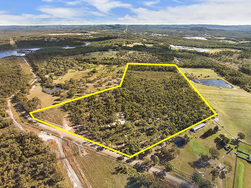 235 Summerhayes Road, Wyee Point, NSW 2259