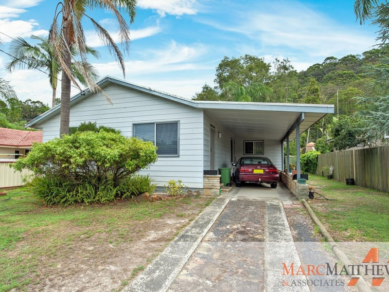 17 Carpenter Street, Umina Beach, NSW 2257