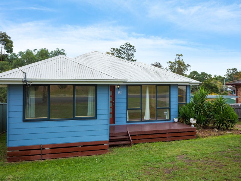 51 Howard Ave, Bega, NSW 2550