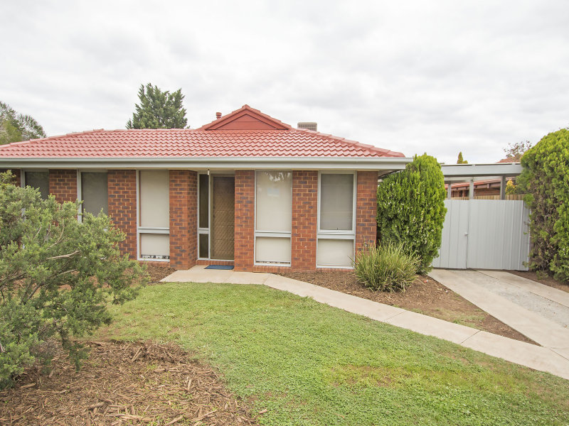 1/46 Cambrian Way, Melton West, Vic 3337