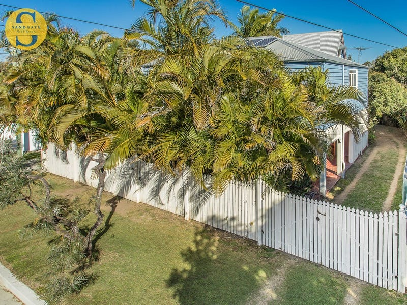 22 Connaught Street, Sandgate, Qld 4017