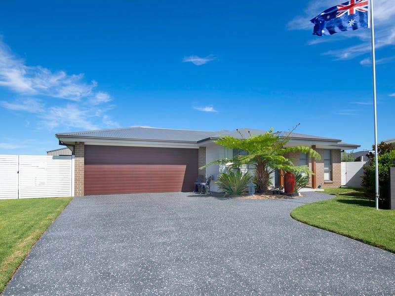 20 Margina Close, Tuncurry, NSW 2428