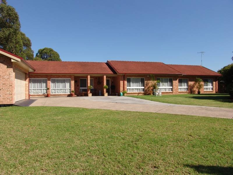 50 Eagleview Road, Minto Heights, NSW 2566