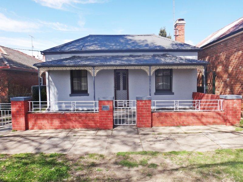 220 Rankin Street, Bathurst, NSW 2795