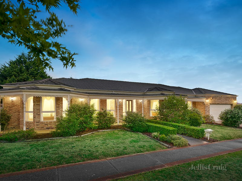 15 Billanook Way, Chirnside Park, Vic 3116