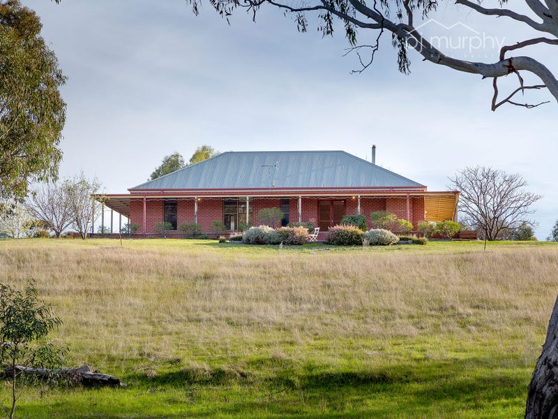 30 Up River Road, Gooramadda, Vic 3685