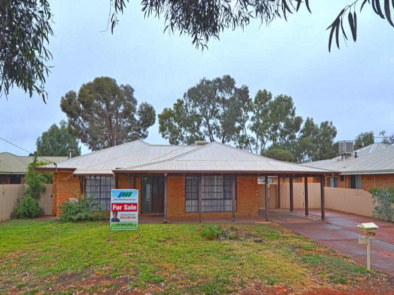 30 Shaw Street, West Lamington, WA 6430