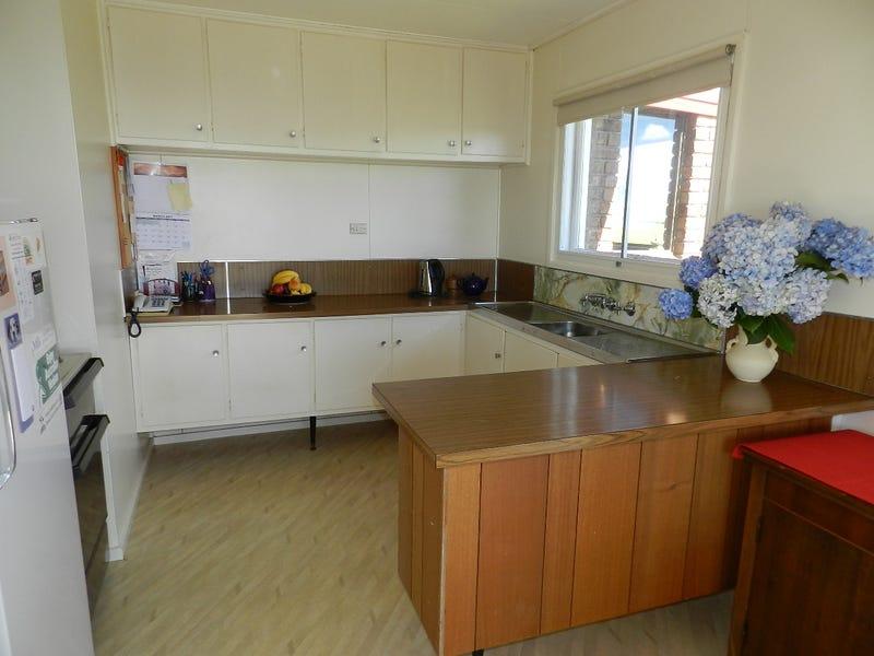 340 Pinners Road, West Takone, Tas 7325