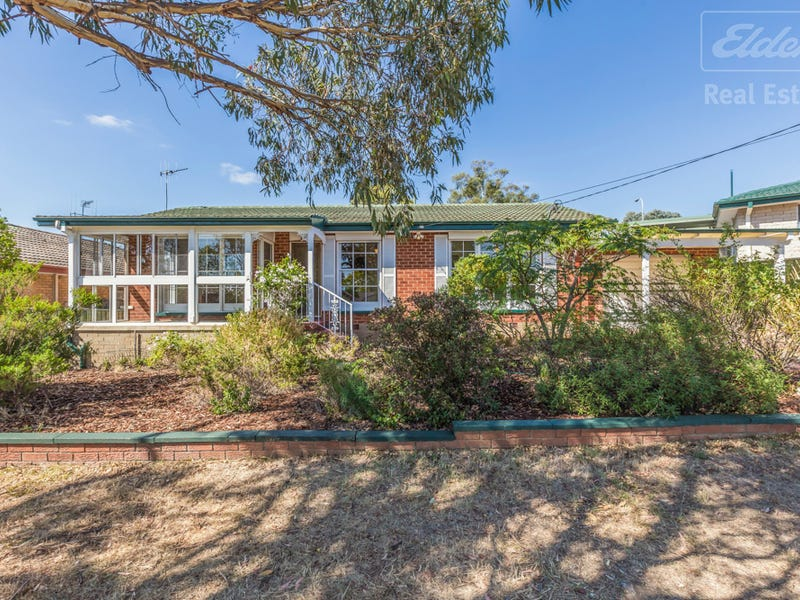 64 Munro Road, Crestwood, NSW 2620