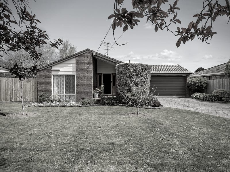 20 Worcester Road, Gisborne, Vic 3437